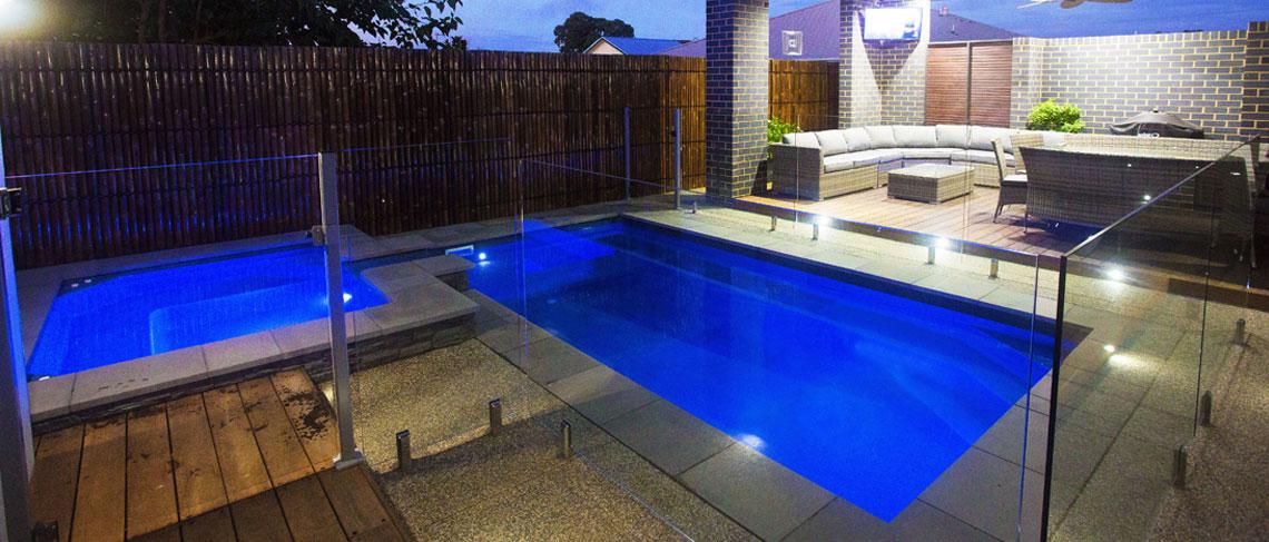 """""""Sovereign"""" Fibreglass Pool Design"""