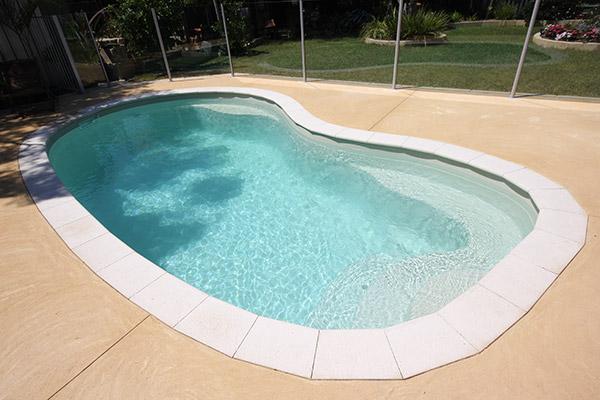 sandstorm-swimming-pool
